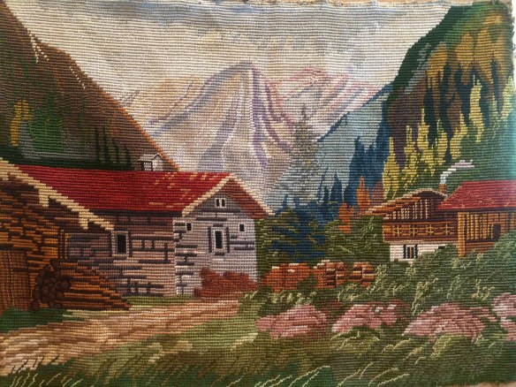 mantzi's embroidery